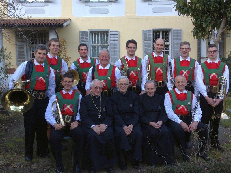 Die Bläsergruppe mit Hochmeister DDr. Arnold Wieland, Pater Rudolf Lantschner und Pater Oswald Vienna